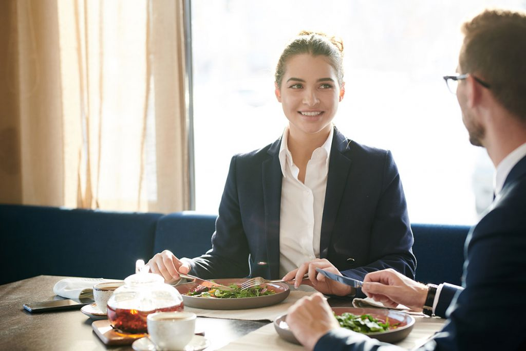 Three Important Services Restaurant Brokers Offer
